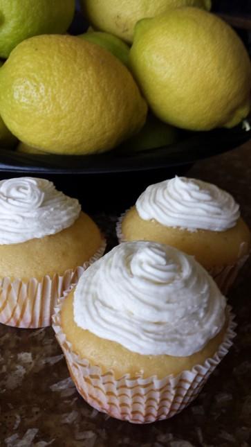 Limoncello lemons resize